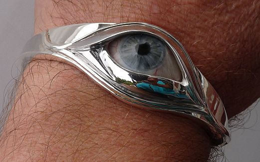 Bangle in Sterling Silver featuring a father's artificial eye
