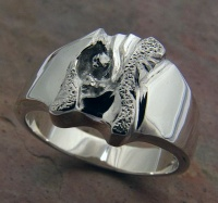 143RS Ring wide deep carved sculptured in Sterling Silver 8g
