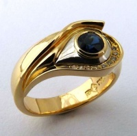 173r_ring_eye_of_envy_turkish_18yg_shank_ag_insert_9_brill_sapph_royal_blue_austr2014oct8___37_634818814