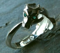 Ouroboros Rings Sterling Silver facetted hydrothermal emeralds eyes