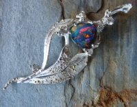 Pendant Sterling Silver Yellow Gold gum leaf design Australian Opal Diamonds