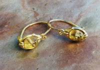 73EGA Earrings 14ct Yellow Gold Delicate old style Amber cabouchons
