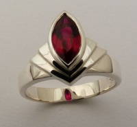 69RMFS Ring in Sterling silver Fan Design Marquise cut facetted synthetic Ruby in bezel setting